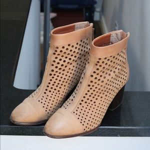 REBECCA MINKOFF PERFORATED BOOTIES